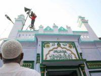 মসজিদে মাইক ব্যবহার করা যাবে না: ভারতীয় আদালত