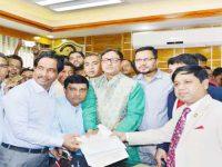 চসিক নির্বাচন: বিএনপির মেয়র প্রার্থী শাহাদাতের মনোনয়নপত্র জামা